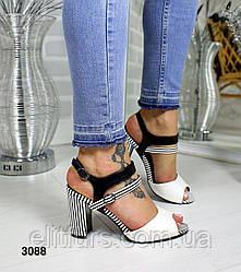 Босоножки стильные, каблук в полоску