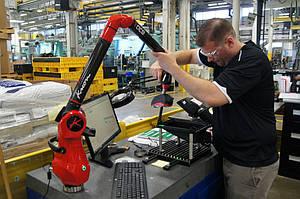 Система с измерительной рукой и 3D сканнером Kreon показала себя как эффективное средство снижения издержек в компании Mann Hummel