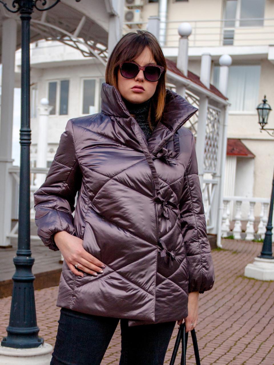 Жіноча куртка Size+ (великі розміри — 50-62р) світло-сірого кольору