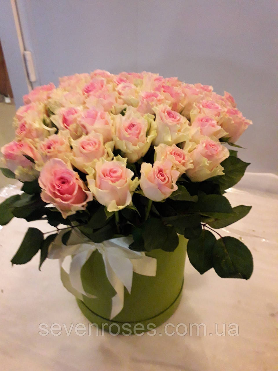 Коробка из 31 розы