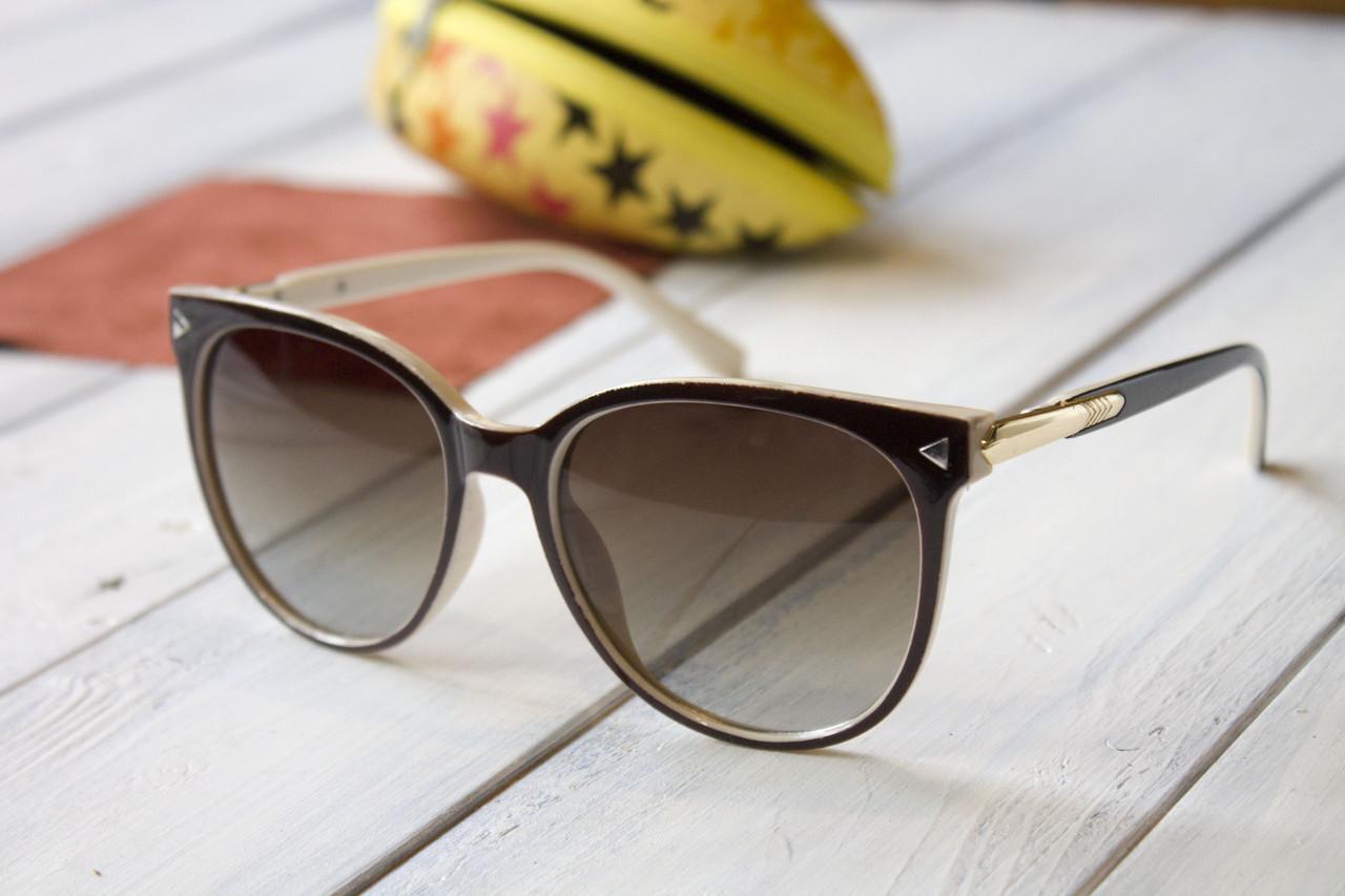Солнцезащитные женские очки FE8121-3