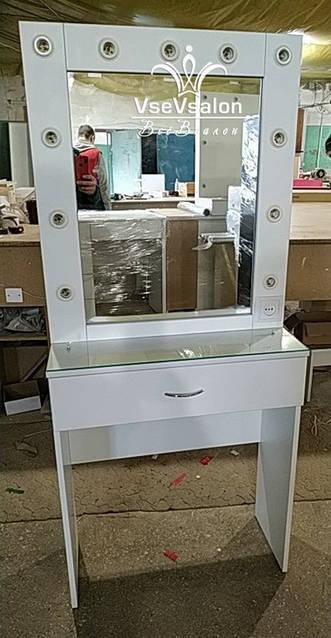 Визажный стол, модель V526