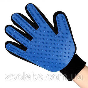 Перчатка для вычесывания шерсти питомца