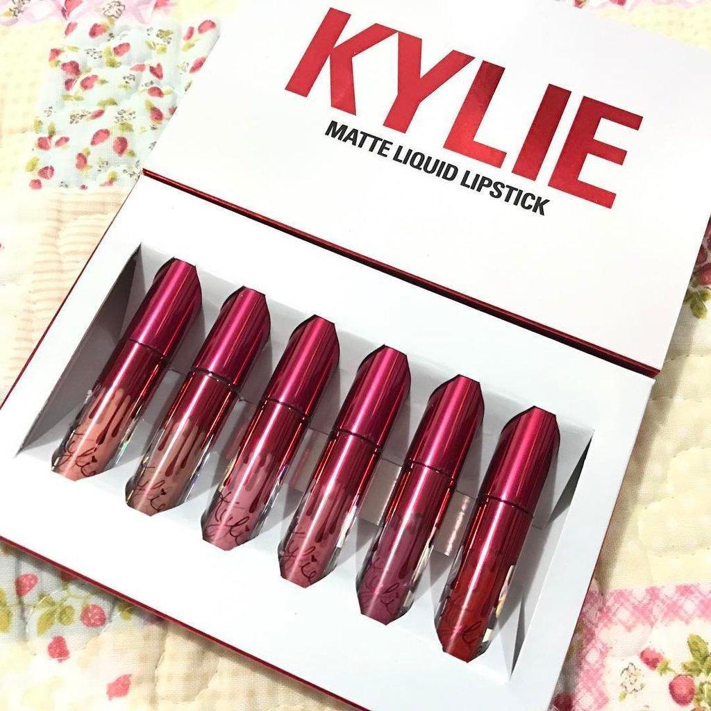 Набор блесков для губот Кайли Дженнер Kyliematte liquid lipstick