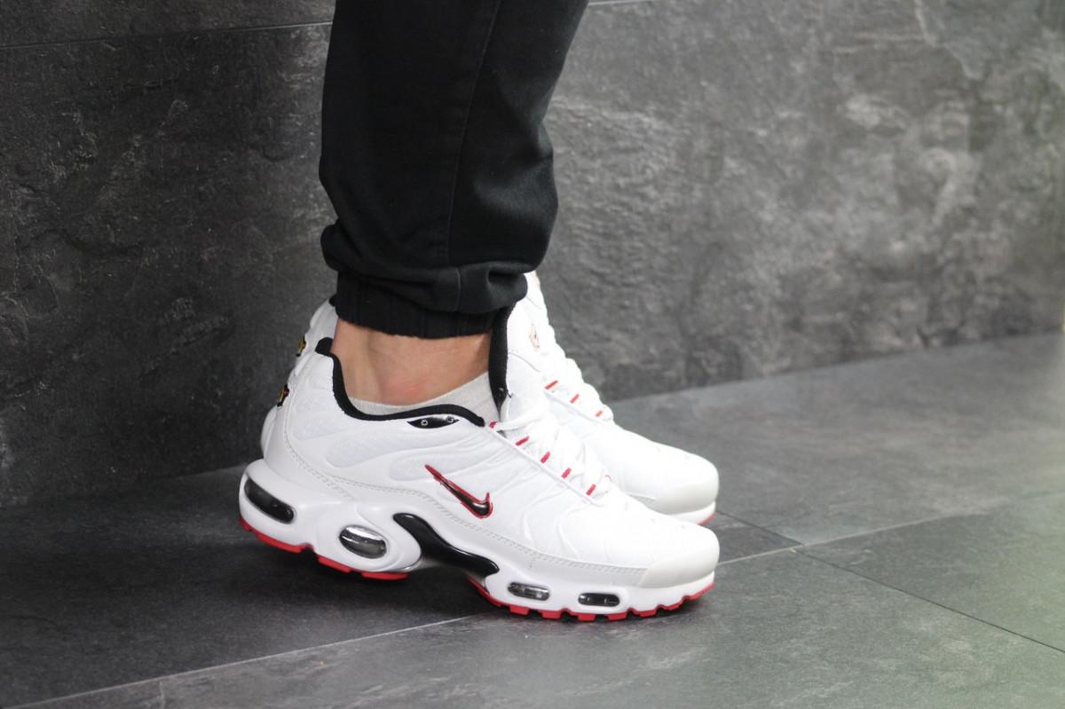 269a7e92 Мужские кроссовки белые с красным Nike Air Max Tn 7507: продажа ...