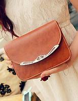 Яркая женская сумочка - клатч Valentino
