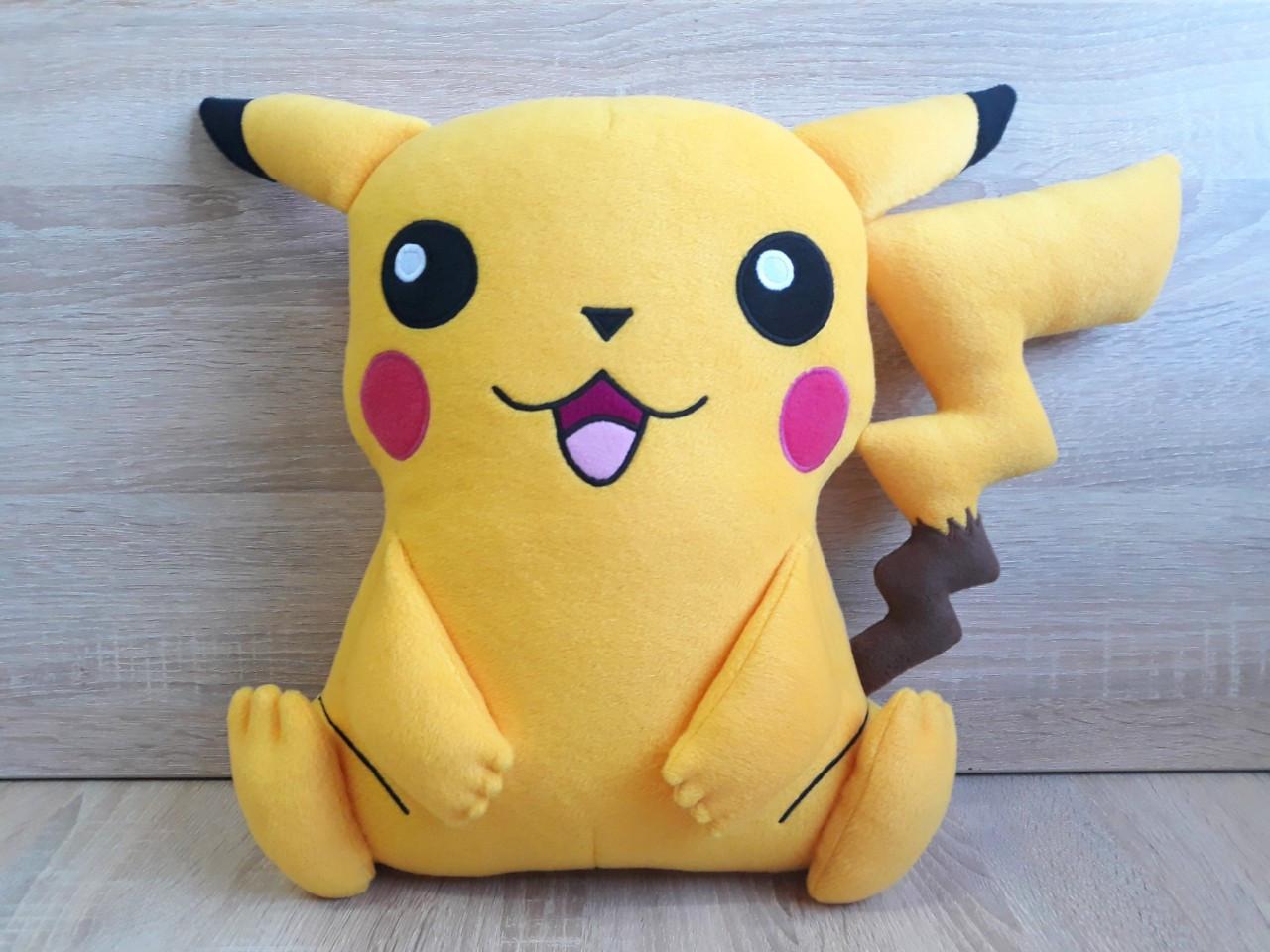 Мягкая игрушка - подушка Покемон Пикачу