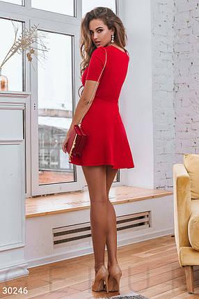 Демисезонное платье мини отрезная талия юбка расклешенная с коротким рукавом красное, фото 2