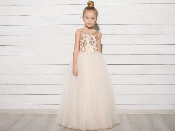 0b518f12a8e Длина платья 105 см. Объем талии от 50 до 60 см. Длина корсета- 27 см.