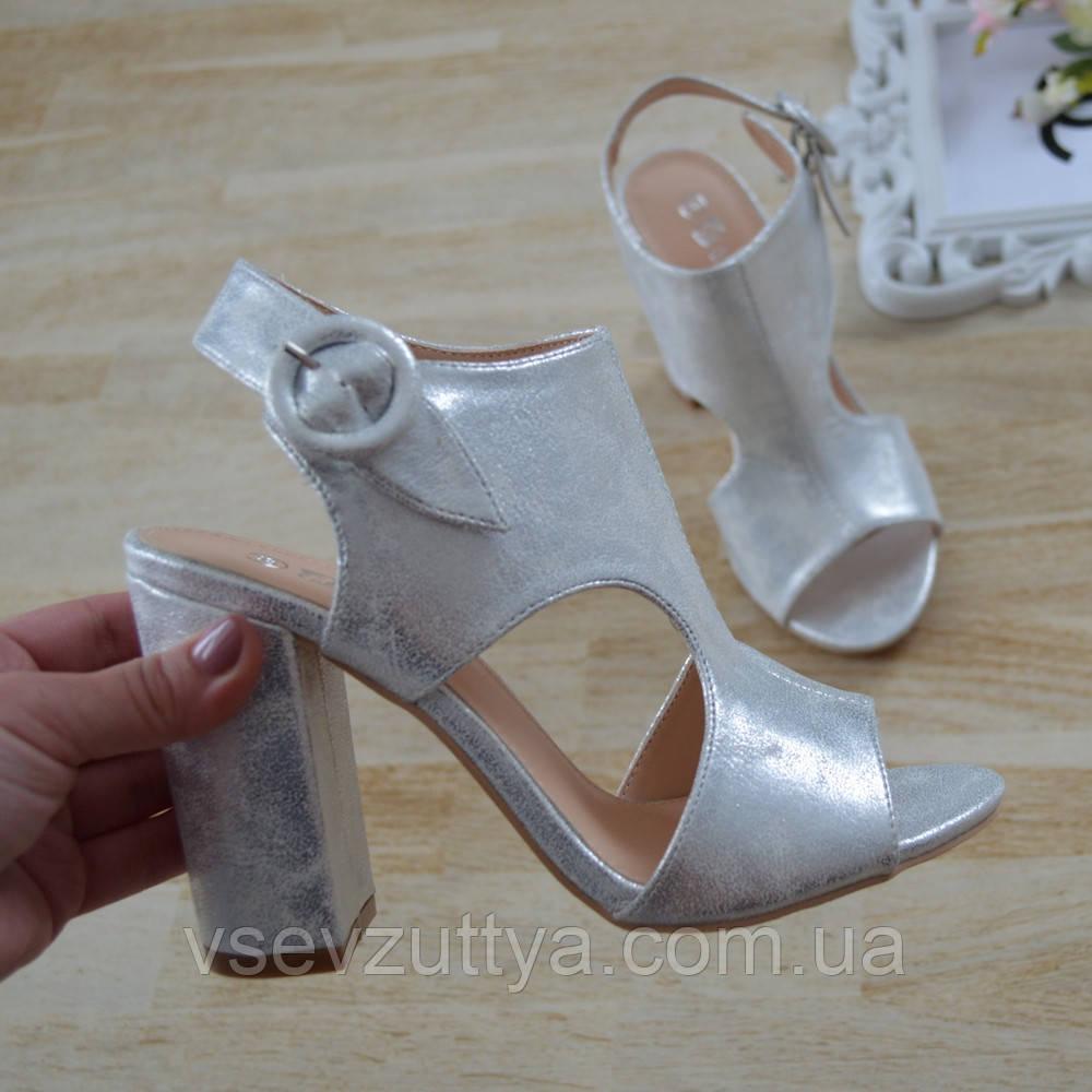 a84b141453520d Босоніжки жіночі срібні на каблуку. : продажа, цена в Львівській ...