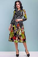 Сукня кльош трикотажне 44-50 розміру з червоними квітами, фото 1