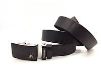 Мужской кожаный брендовый ремень с пряжкой автомат (447) черный