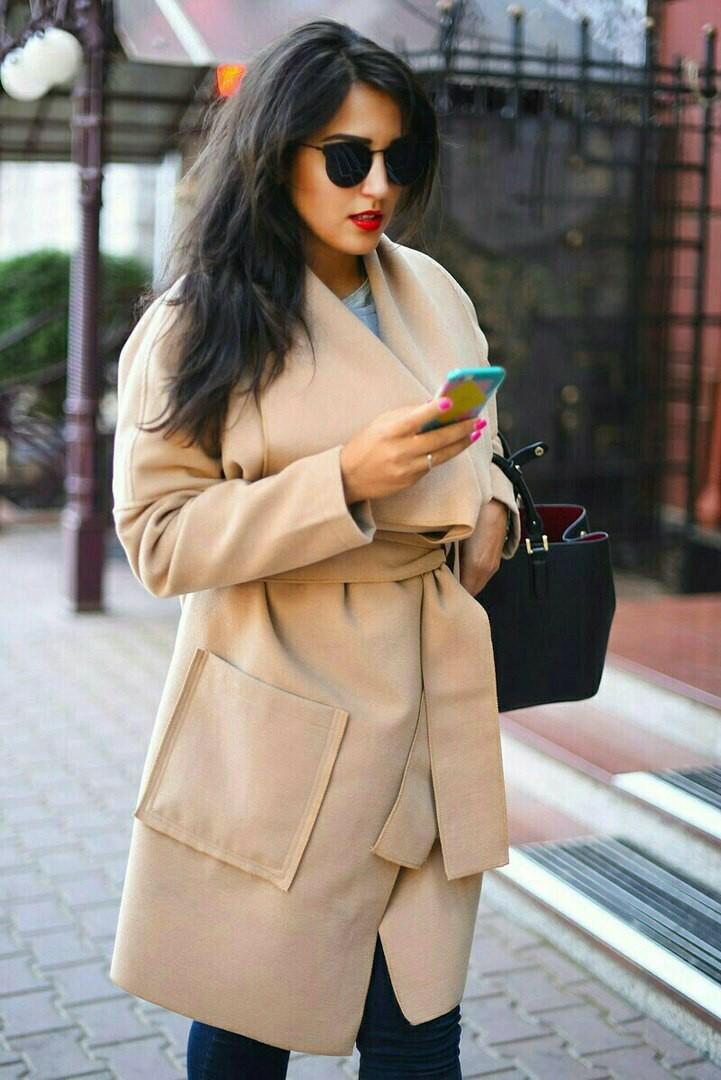 Пальто весеннее для пышных дам
