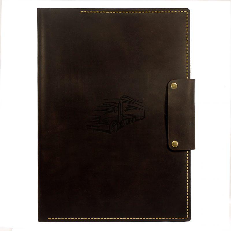 """Папка шкіряна на кнопках для документів """"Подарунок далекобійникові"""". Колір коричневий"""