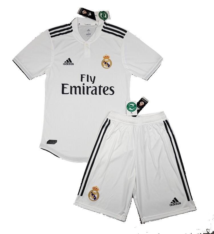 Игровая Футбольная форма (оригинал) Реал Мадрид домашняя-белая сезон 18-19