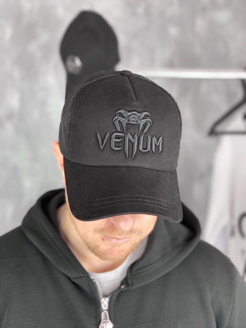 Бейсболка Venum D6503 черная