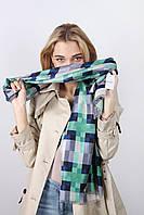 Оригинальный шарф в клетку