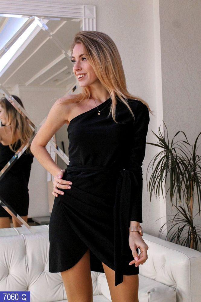 Платье из люрекса с одним рукавом и низом на запах