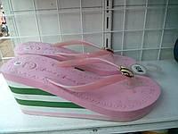 Шлёпанцы женские летние на платформе