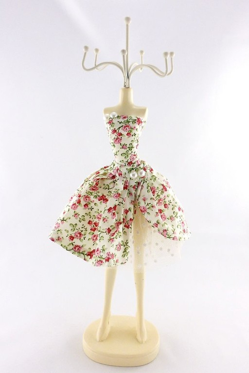 Подставка - цветочное платье-пачка