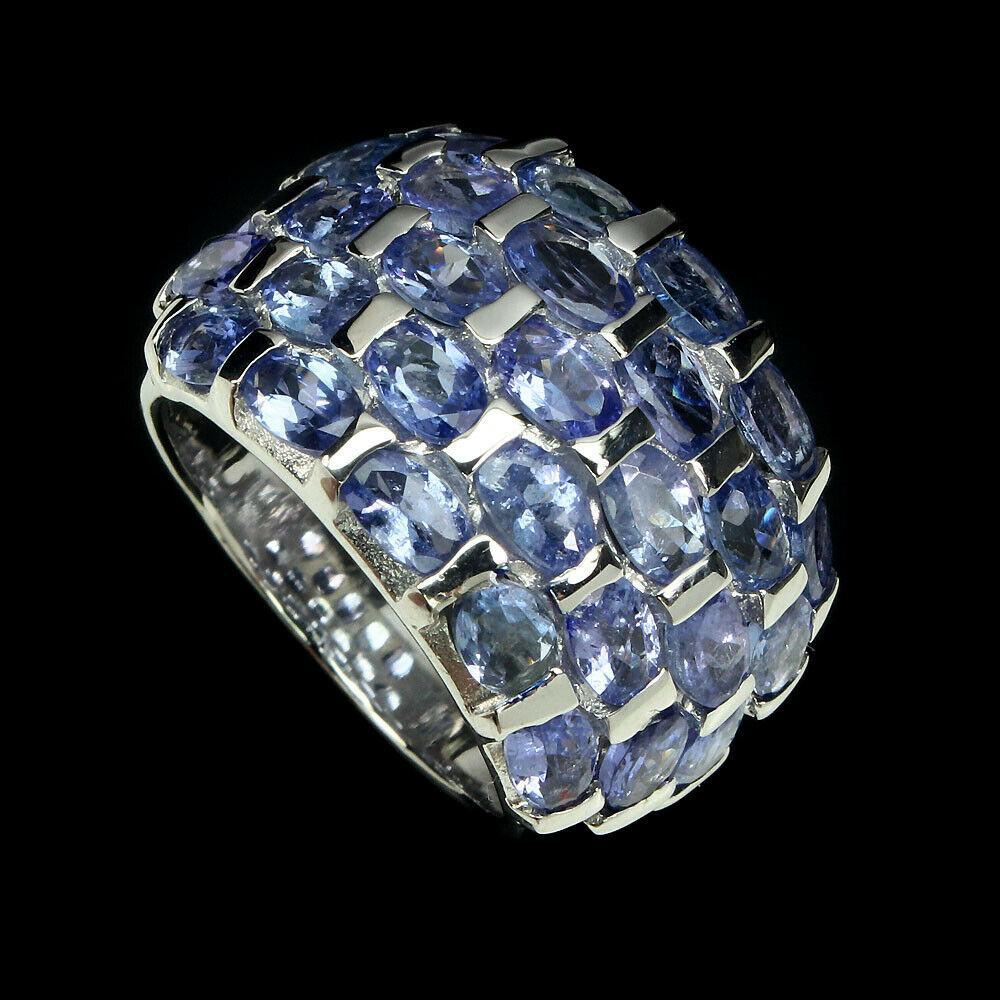 Серебряное кольцо с танзанитами 092 размер 18,5