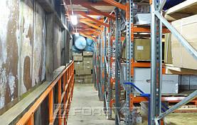 Для удобства работы мезонин был оборудован боковыми площадками с перилами безопасности