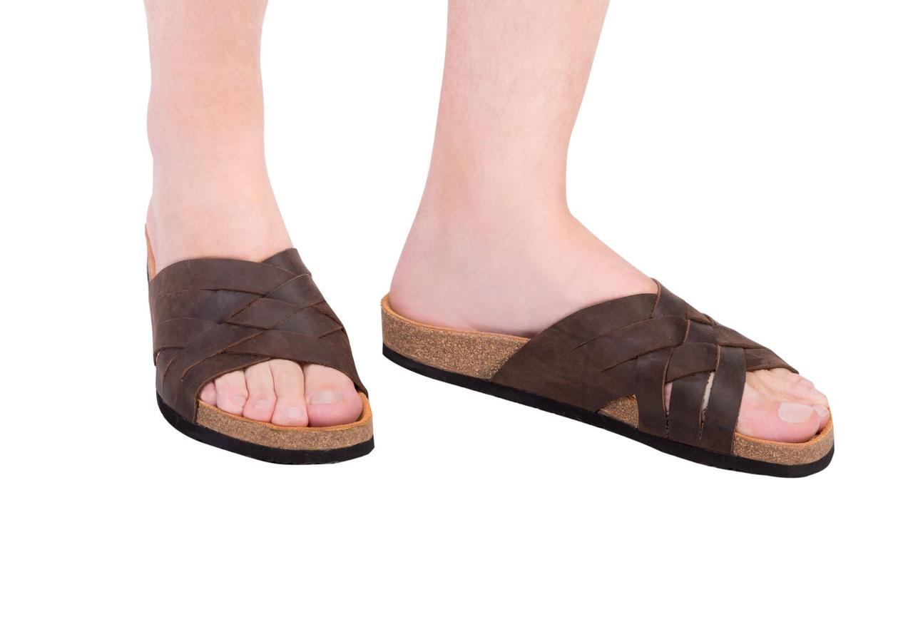 Анатомические шлепанцы Foot Care FA-309 коричневые