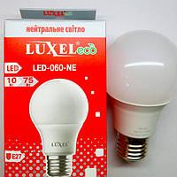 Светодиодная лампа Luxel 10W  E27 (аналог лампы накаливания мощностью 75 Вт)