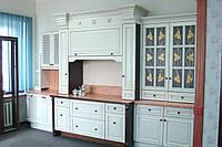 Кухня - столовая из массива дерева, дуб . Выставочный образец