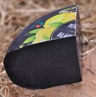 Сыр Гауда чёрный с лимоном, Голландия (режем от 300 грамм)