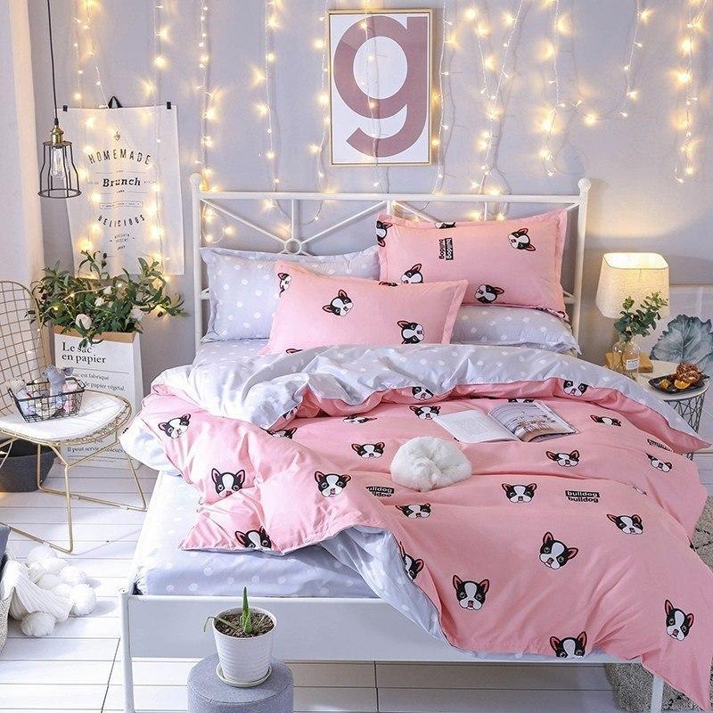 Розовый комплект постельного белья с бульдогами  (двуспальный-евро, простынь на резинке)