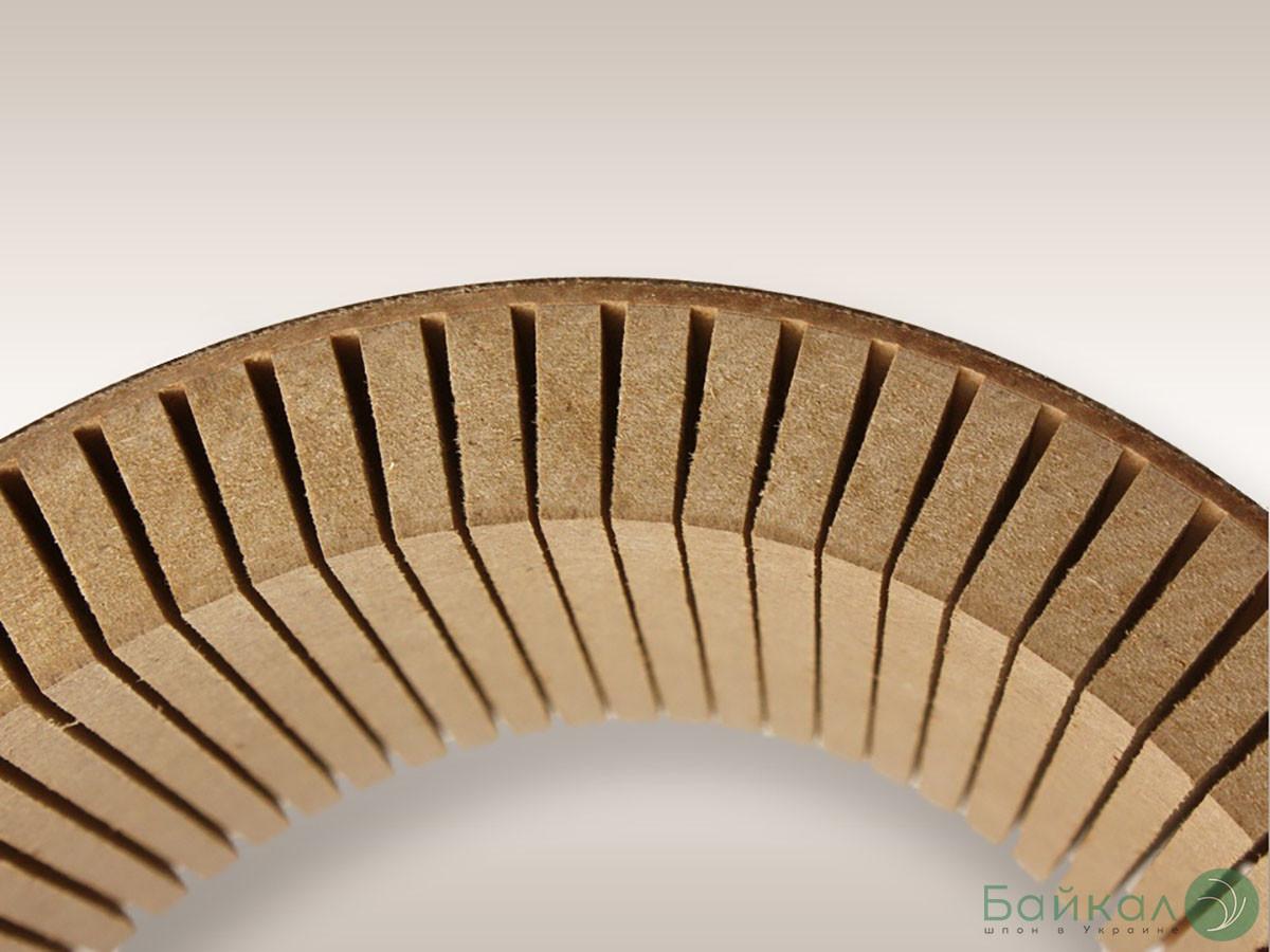 Гибкая МДФ плита с прорезью 10 мм 2,85х1,03 м - продольное кручение