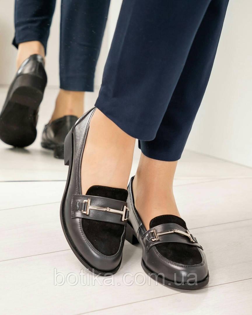 4640e4fe3 Стильные оливковые и черные женские туфли лоферы на низком ходу с пряжкой