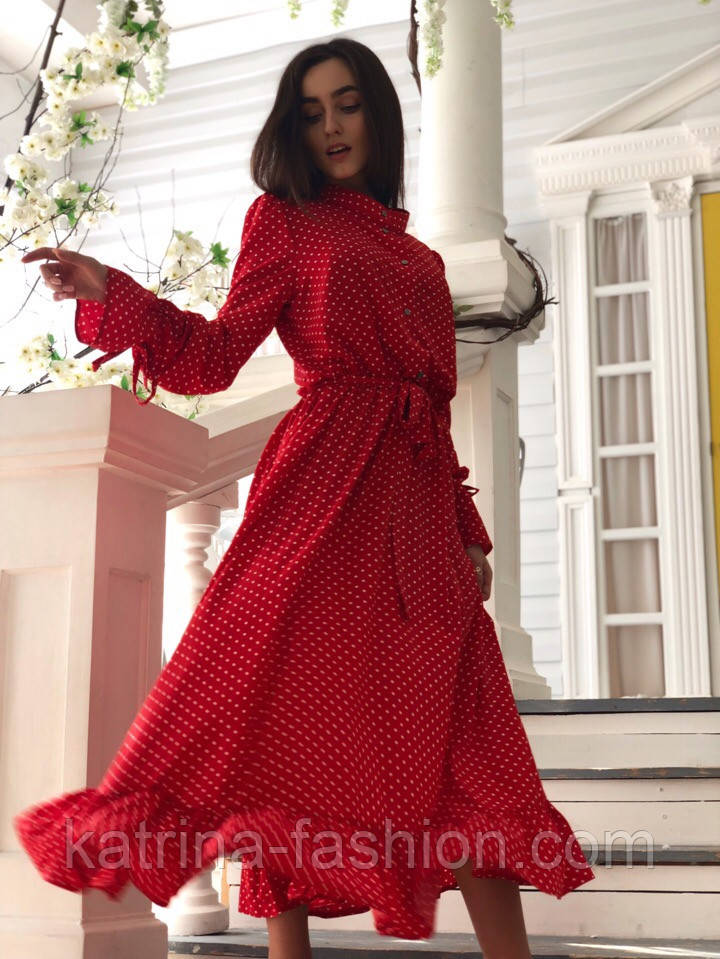 Красиве жіноче плаття в горошок з рюшами (в кольорах)