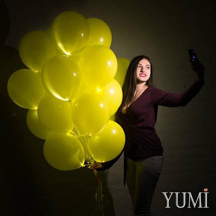 Связка из 20 жёлтых светящихся шаров с гелием, фото 2