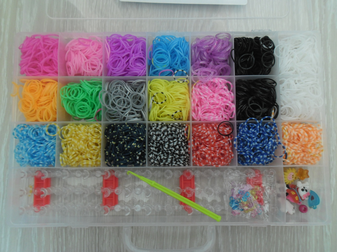 Набор Rainbow Loom bands 5000 шт.