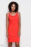 a309e8718b500f9 Красное трикотажное обтягивающее платье без рукавов с жемчужинами на проймах