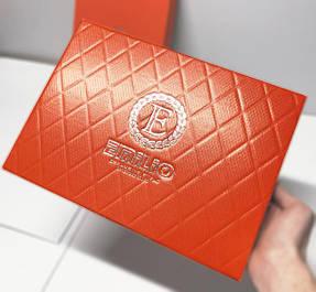 Изготовление коробки с логотипом - печать, тиснение и конгрев