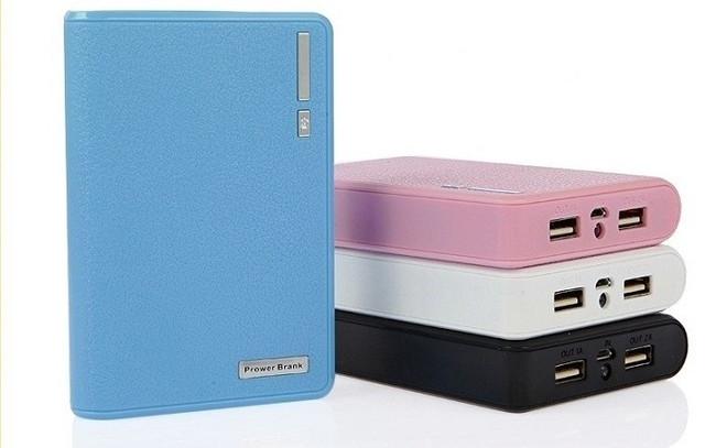 Зарядное устройство для телефона Power Bank 12000 mAh - мобильная батарея