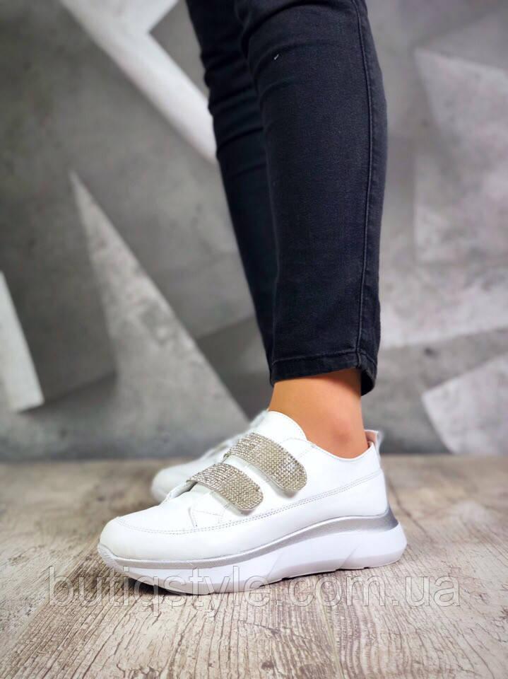 Женские  белые кроссовки на липучках натуральная кожа