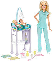 Игровой набор Барби Детский доктор c двумя малышами Любимая профессия Педиатр Barbie Baby Doctor