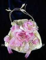 Нарядная сумка из парчи с цветами ручной работы