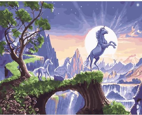 Картина по номерам Полнолуние единорога, 40x50 см., Brushme