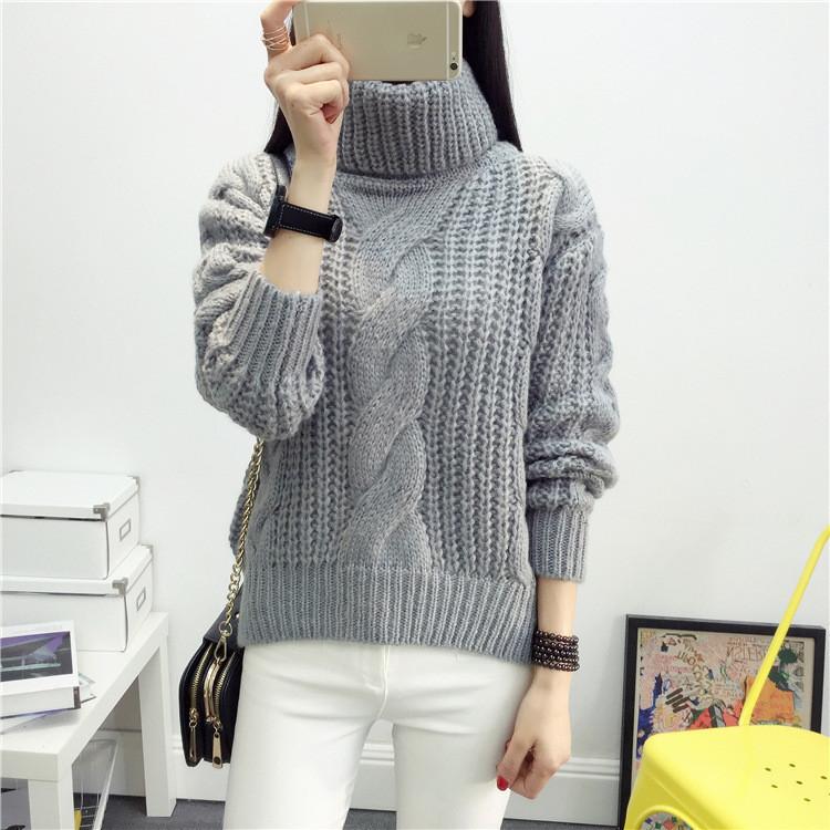 Женский вязаный зимний свитер серого цвета опт