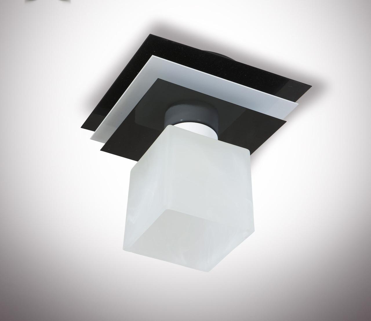 Люстра потолочная металлическая одноламповая 10111
