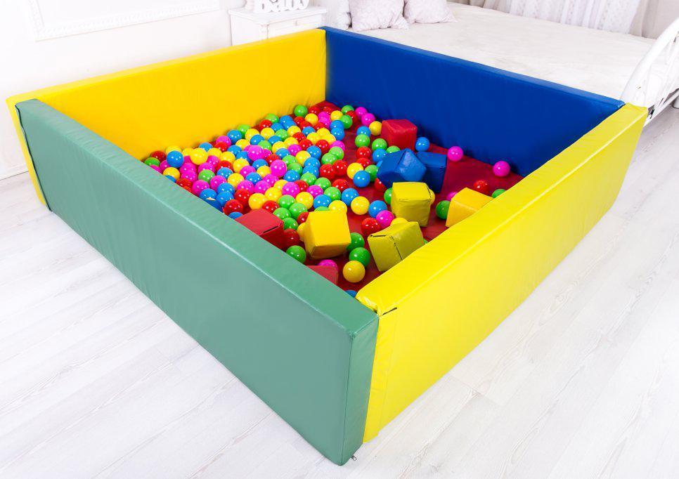 Сухий басейн з матом 150-200-40 см