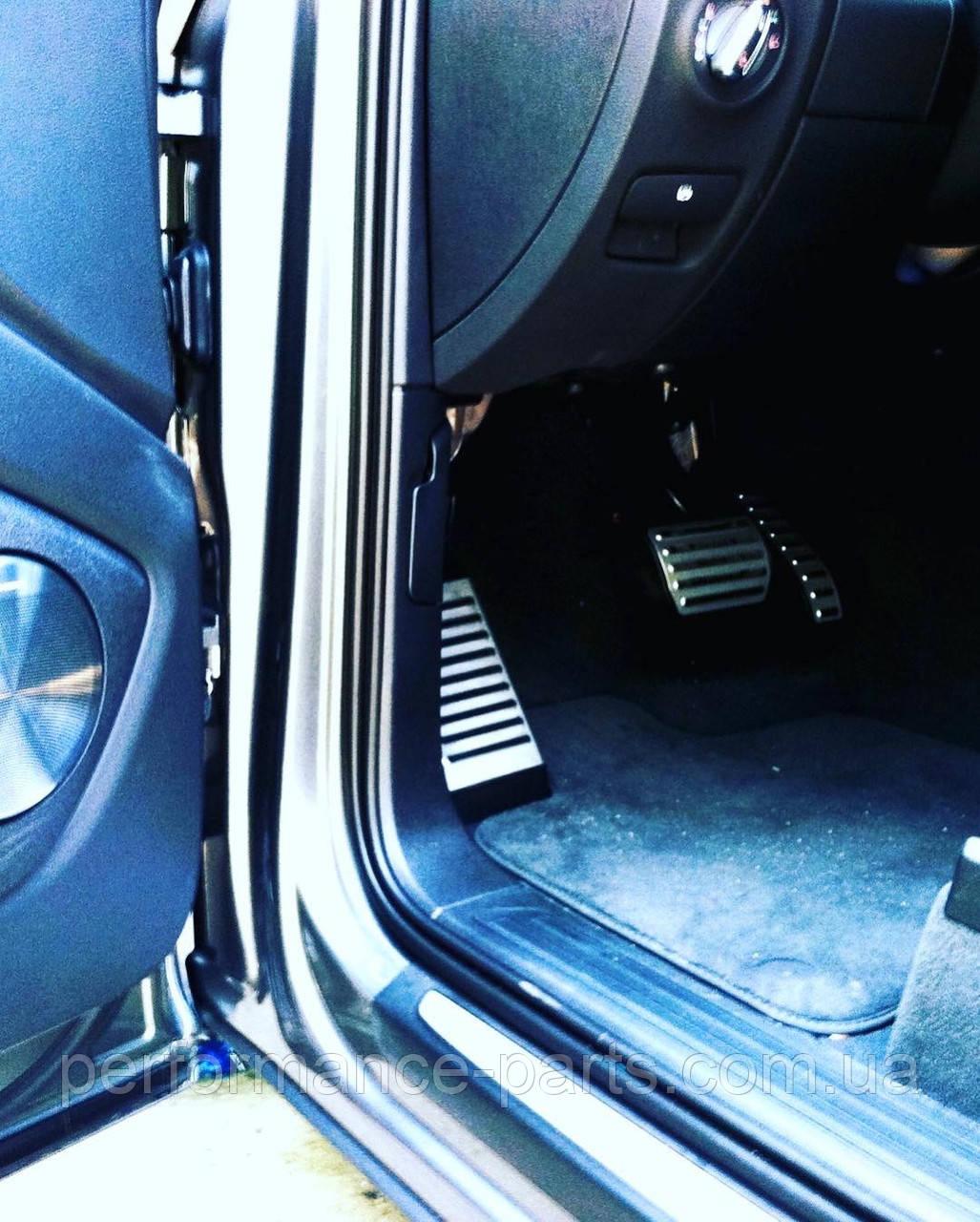 Накладки на педали и площадка левой ноги Audi Q7 4L  4L1064205A