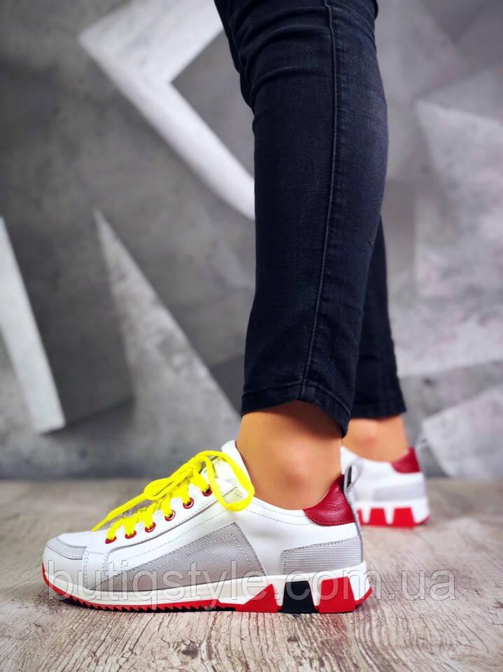 36 размер! Женские кроссовки  WiFi белые с серым и  красным на платформе натуральная кожа