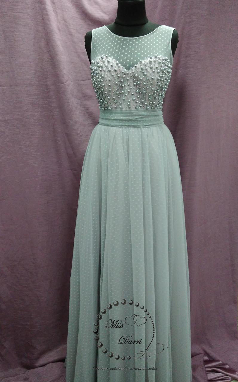 Вечернее выпускное  платье расшитое бусинами серое с пудровым