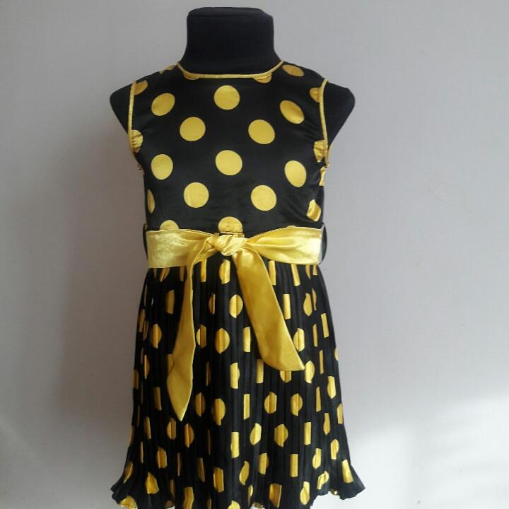Летнее платье в горошек для маленькой девочки